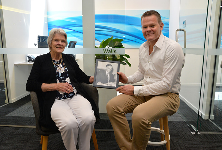 Christmas Homecoming for a Hume Bank Founding Family